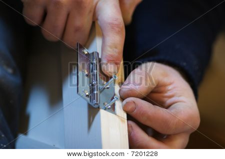 Carpenter Fitting Door Hinge
