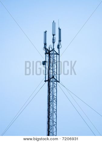 Satellite Pylon, Telecommunication Concept