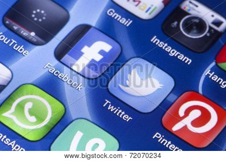 Belgrade - May 28, 2014 Social Media Icons Facebook, Twitter And Other On Smart Phone Screen Close U
