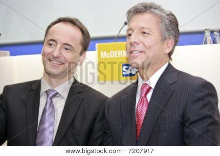 Jim Hagemann Snabe (left) And Bill Mcdermott (right) On Public Press Event At Cebit