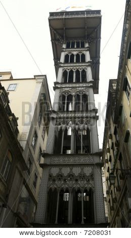 The Lift Of The  Saint Justa