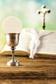 image of eucharist  - Holy communion  - JPG