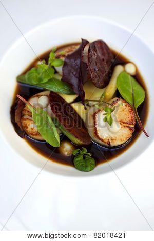 Saint-jacques Dish