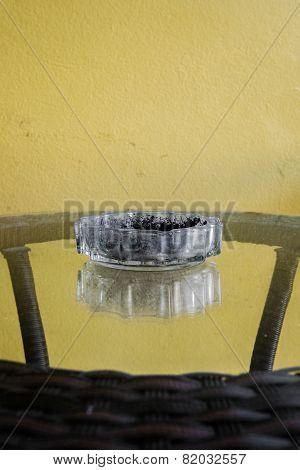 minimal ashtray