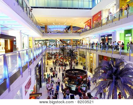 Interior View of Dubai Mall