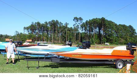 drag boats
