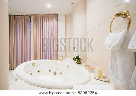 Spacious Bathtub Inside The Bathroom