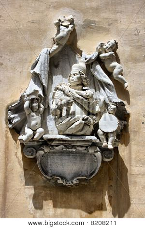 Mauroceno Monument