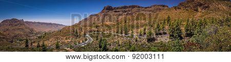 Mountain road in Gran Canaria