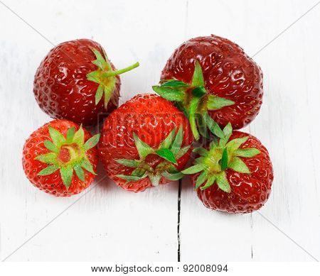 Strawberries Overwhite Wood