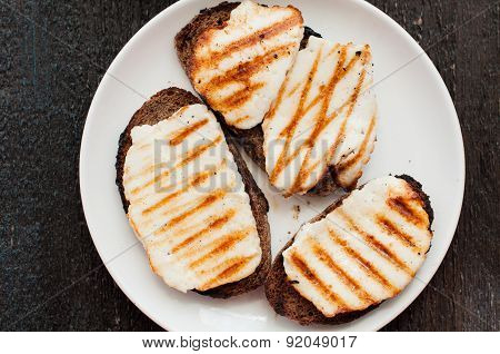 Crostini With Fried Cheese On The Grill