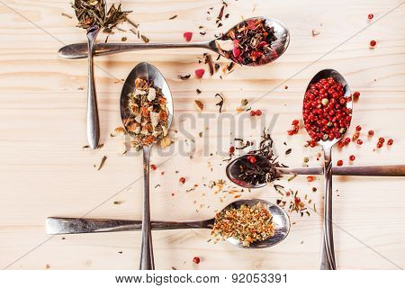 spice on the spoons