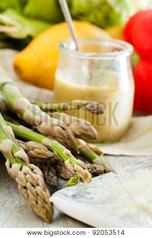 green asparagus with dressing