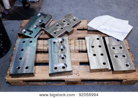 Heavy industrial shipbuilding elements, tools. Industry, inside workshop.