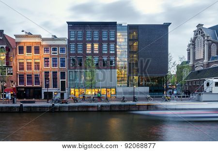 Amsterdam, Netherlands - May 7, 2015: Tourist Visit Anne Frank House In Amsterdam, The Netherlands.