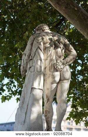 Antique sculpture in Jardin des Tuileries
