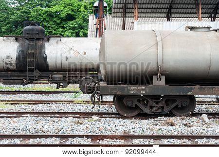 Double Oil Tank