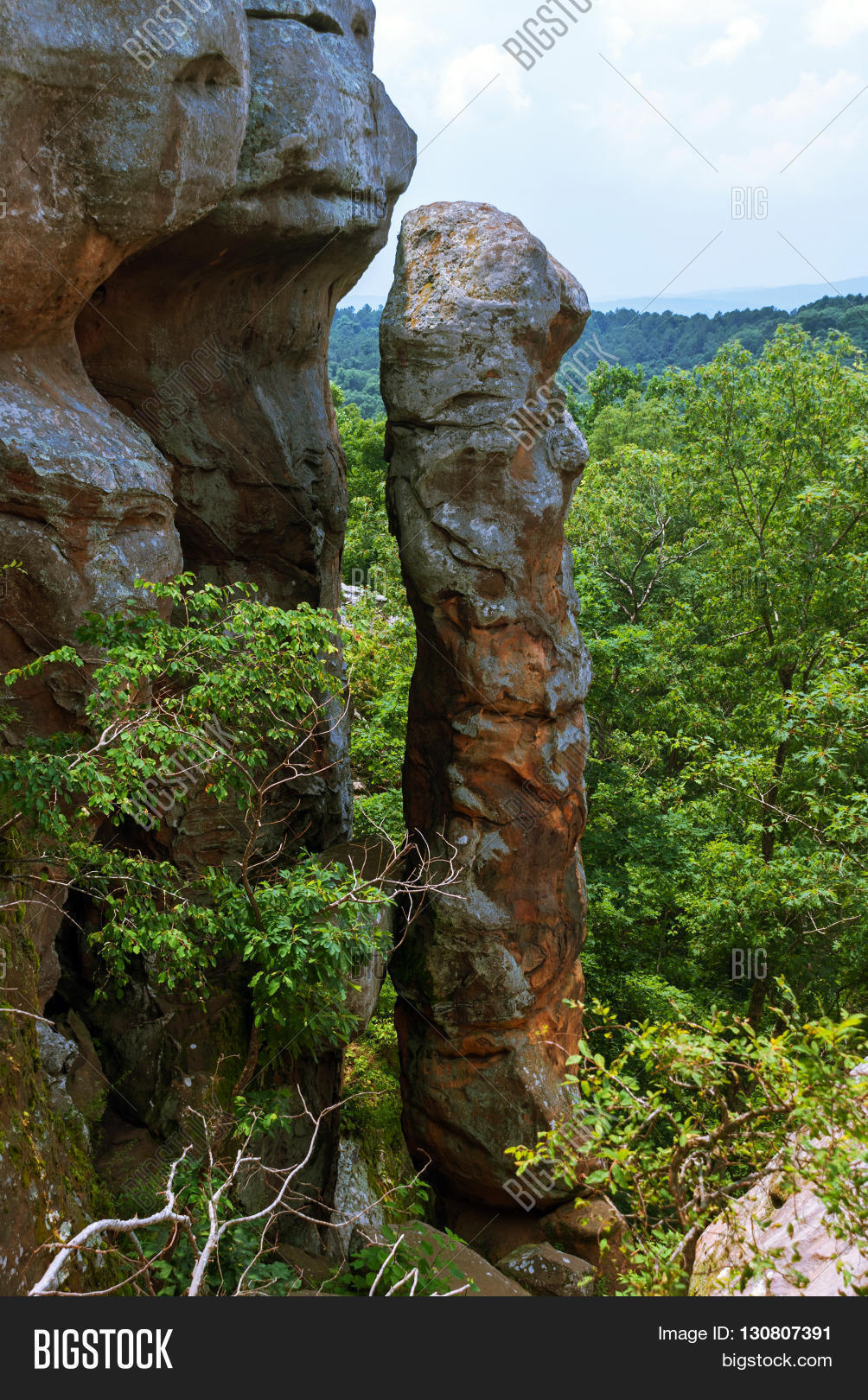 Devil 39 S Smokestack In The Garden Of The Gods Wilderness In Shawnee National Forest Illinois Usa