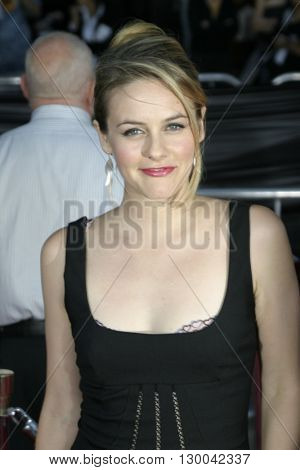 Alicia Silverstone at the Los Angeles premiere of 'Collateral' held at the Orpheum Theatre in Los Angeles, USA on August 2, 2004.
