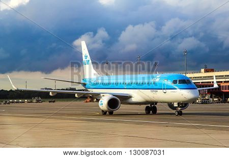 Klm Cityhopper Embraer 190Std