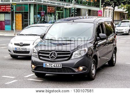 Mercedes-benz W415 Citan