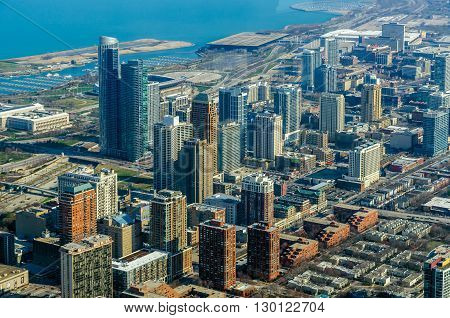 View of buildings on downtown Chicago, USA.
