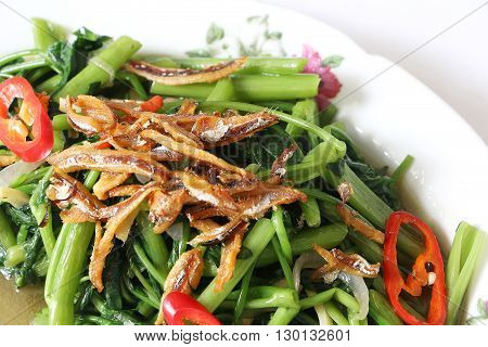 Stir fried Kangkung with fried anchovice and red chili