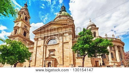 St.stephen Basilica In Budapest At Daytime.  Hungary.