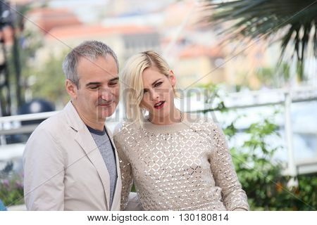 Kristen Stewart attends the 'Personal Shopper' - Photocall at the annual 69th Cannes Film Festival at Palais des Festivals on May 17, 2016 in Cannes, France.