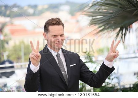 Matt Ross attends 'Captain Fantastic' Photocall during The 69th Annual Cannes Film Festival on May 17, 2016 in Cannes, .