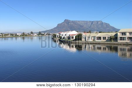 View Of Table Mountain From Woodbridge Island 14