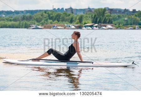 Sup Young Beautiful Girl Yoga Meditation10