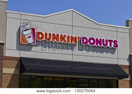 Indianapolis - Circa May 2016: Dunkin' Donuts Retail Location. Dunkin' is America's favorite every day all-day stop for coffee and baked goods II