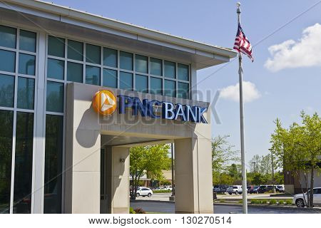 Indianapolis - Circa May 2016: PNC Bank Branch. PNC Financial Services offers Retail, Corporate and Mortgage Banking I