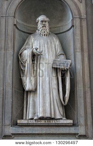 Florence Uffizi Statue Guido Aretino