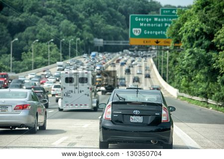 WASHINGTON USA JUNE 22 2015 Maryland to Washington heavy car traffic Congested highway