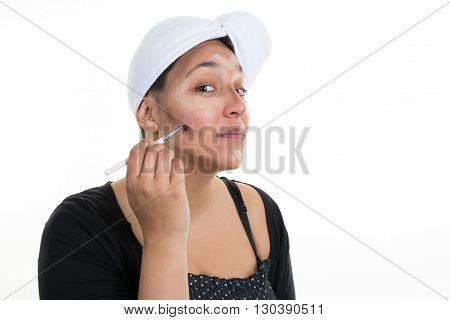 Contour And Highlight Makeup On Indian Woman