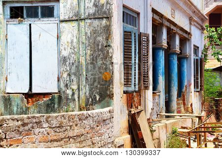 Ordinary building in South India. typical building in southern India