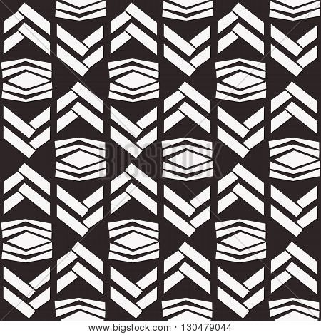 Seamless native vector texture zigzag pattern in black and white background