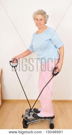 Granny Do Morning Exercise