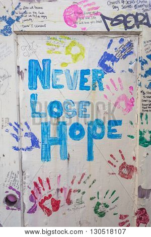 words of never lose hope on board