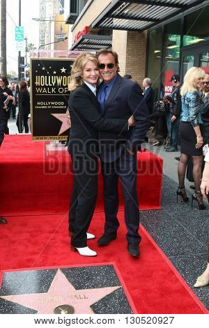 LOS ANGELES - MAY 19:  Deidre Hall, Thaao Penghlis at the Deidre Hall Hollywood Walk of Fame Ceremony at Hollywood Blvd. on May 19, 2016 in Los Angeles, CA