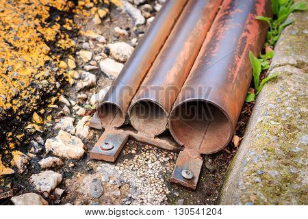 Steel pipes of various caliber in a street