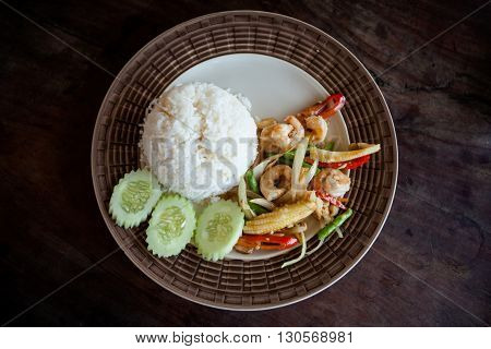 Thai Fried Prawns With Vegetables