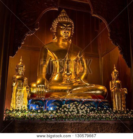 Buddha made of Gold in the temple