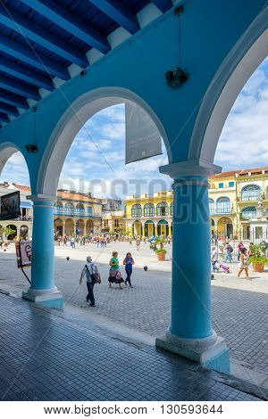 HAVANA,CUBA- APRIL 20,2016 :  The historic Old Square or Plaza Vieja in the colonial neighborhood of Old Havana