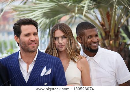 Usher attends the 'Hands Of Stone' Photocall during the 69th annual Cannes Film Festival on May 16, 2016 in Cannes, France.
