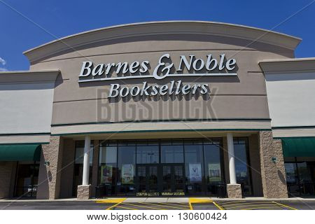 Indianapolis - Circa May 2016: Barnes & Noble Retail Location. Barnes & Noble is a leading retailer of content, digital media and educational products in the country II