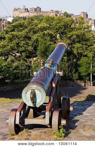 Edinburgh Castle and Cannon