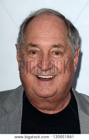 LOS ANGELES - MAY 19:  Neil Sedaka at the BabyQuest Fundraiser Gala at Private Estate on May 19, 2016 in Toluca Lake, CA